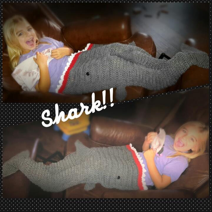 Free Pattern Crochet Shark Blanket : Shark Attack! Crochet Blanket on Luulla